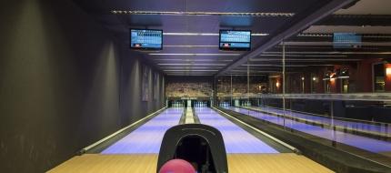 """Bowling Bár """"minimal art"""" stílusban"""